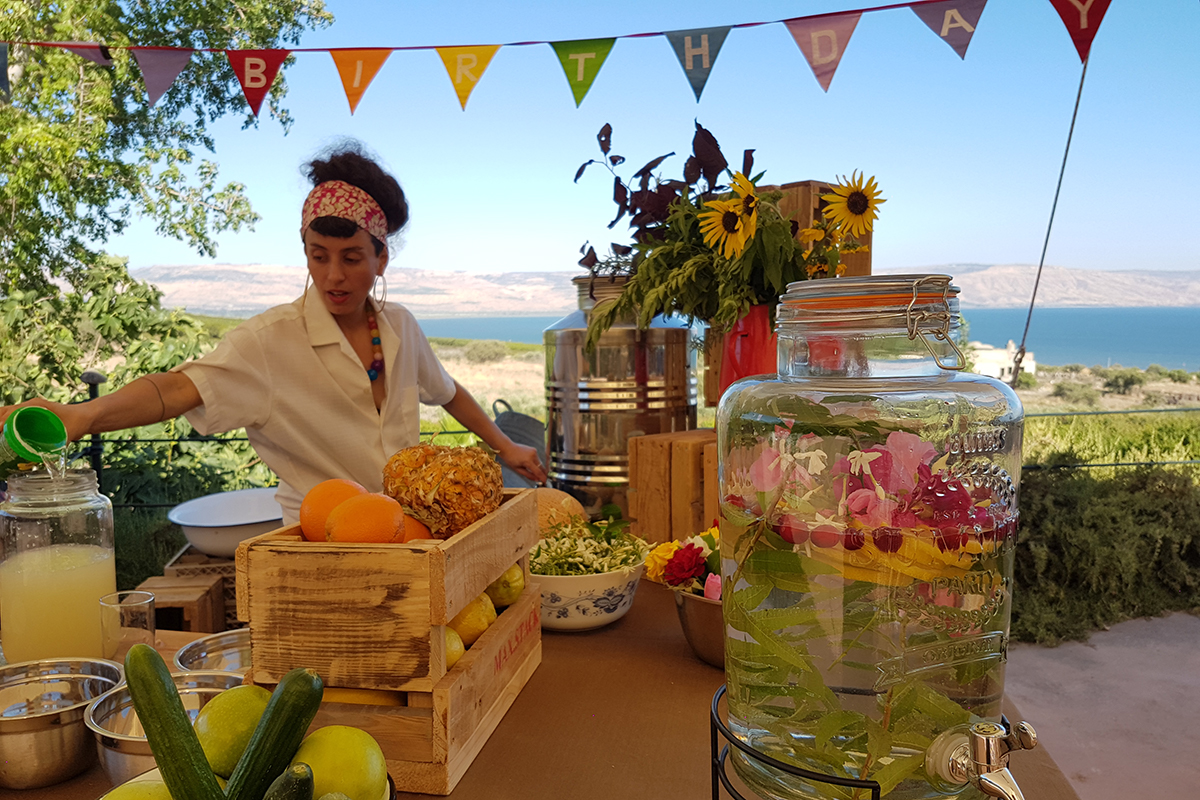 glamping israel 40th birthday party at the Sea of Galilee