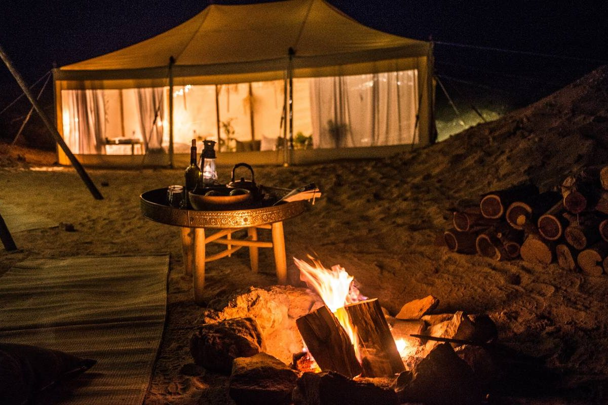 Pop up Oasis desert glamping in israel